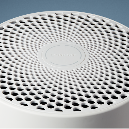 Blueair Blue 3210 air purifier close up of top