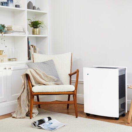 Blueair Classic 605 air purifier living room